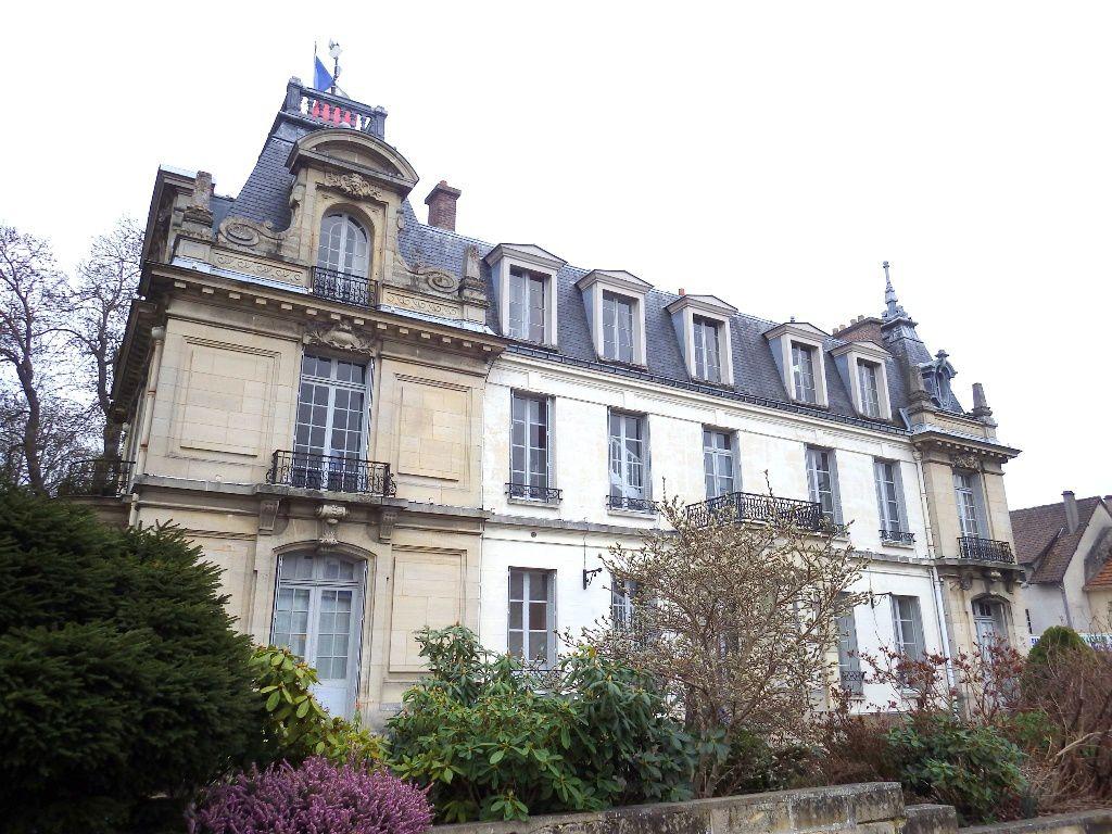 L'Hôtel de ville de Plaisir