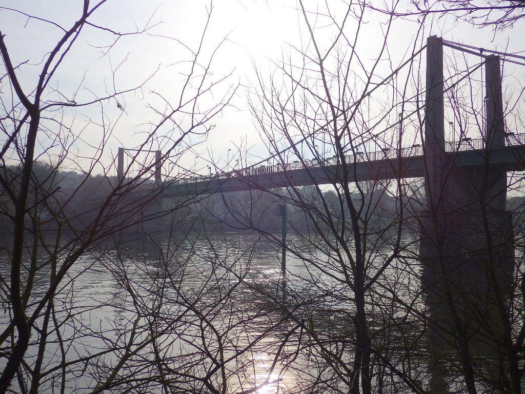 Départ près du Pont de Triel
