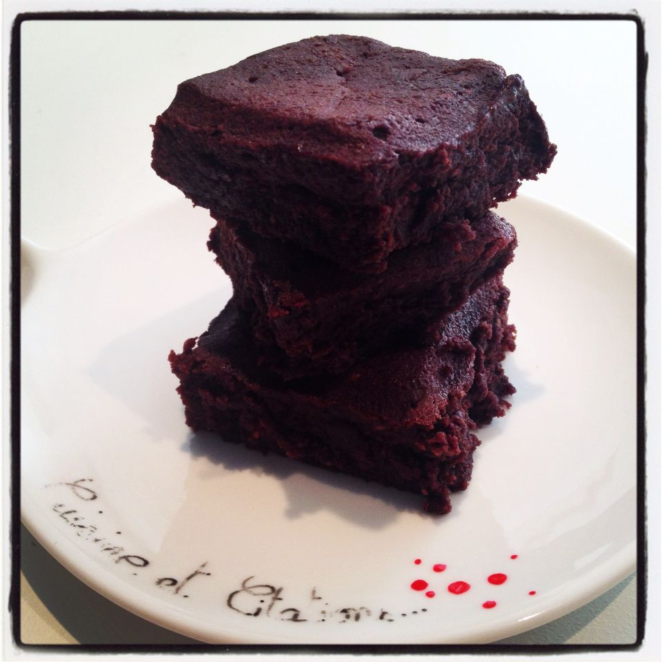 Mon brownie aux framboises... On profite des beaux fruits du printemps !