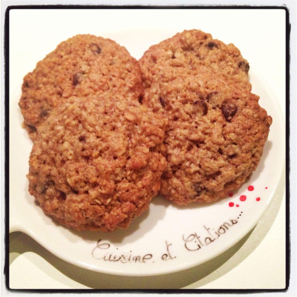 Mes petits biscuits à l'avoine et aux pépites de chocolat... Facile, rapide et délicieux !