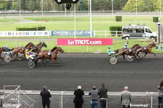 résultat jeudi a vincennes ceci 14 18 4 16 17 demain vendredi trot attelé a vincennes 17 chevaux