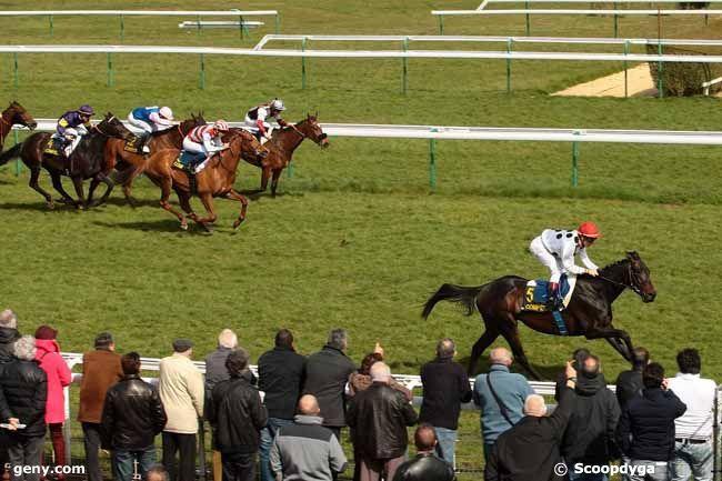 résultat de compiègnes 5 3 16 12 4 - mercredi 30 mars 2016 marseille-borely trot attelé 16 chevaux 3000  mètres