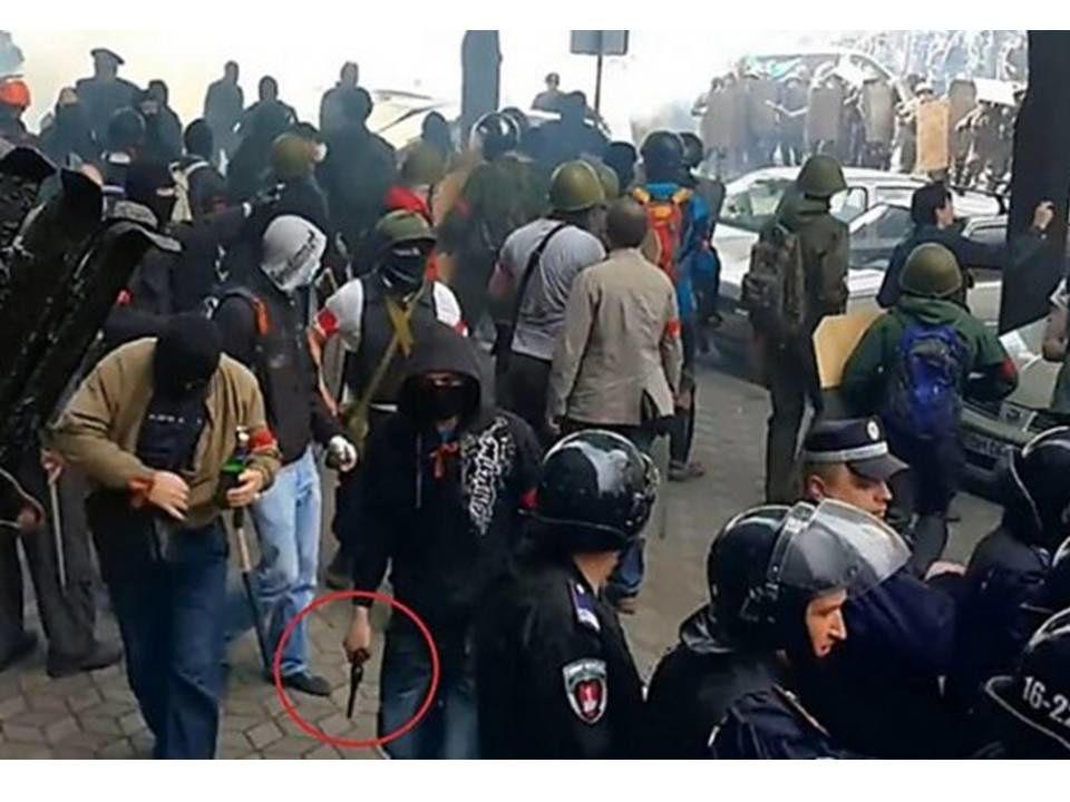 Les provocations ont mal tourné : un mystérieux commando a-t-il déclenché la violence à Odessa ?
