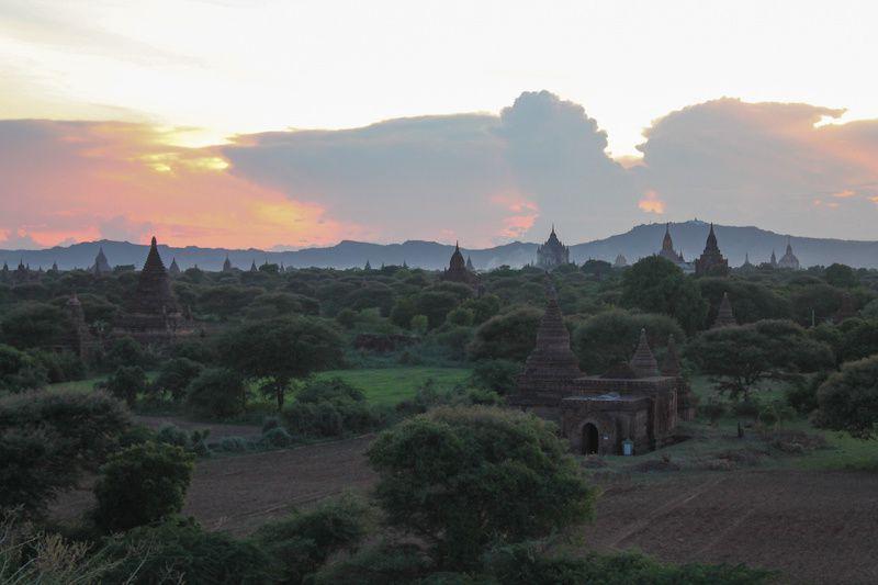 Birmanie: Bagan, suite de l'aventure en E-bike!