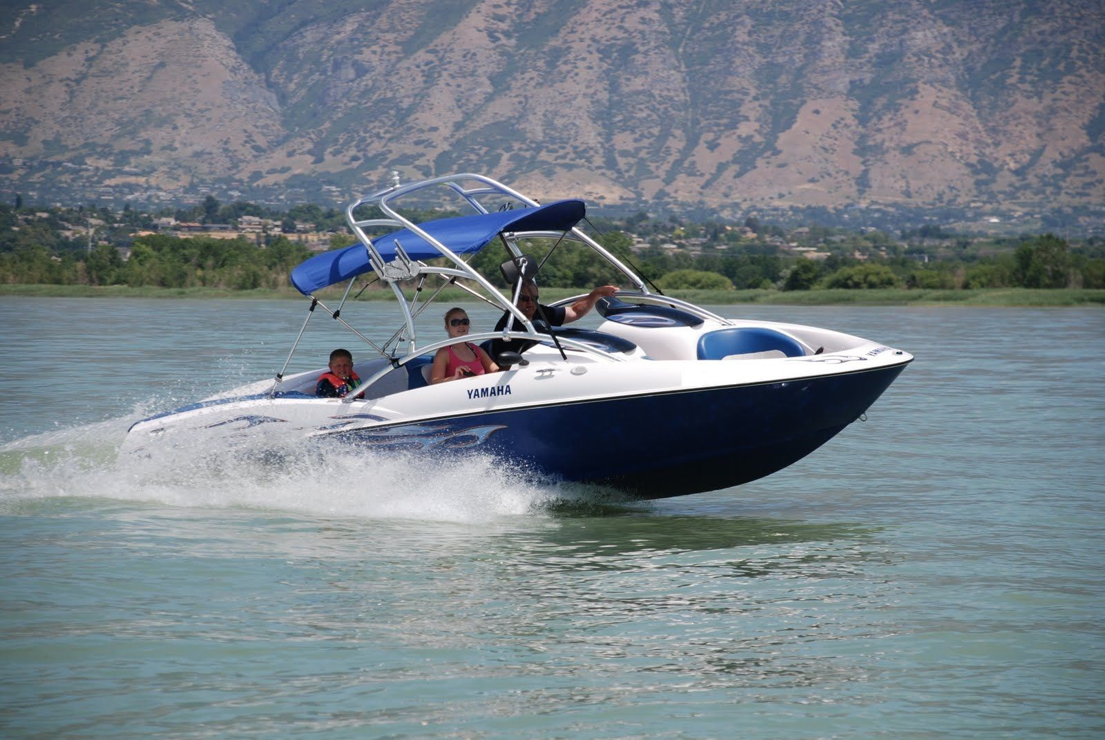 Why You Must Explore Lake Mead This Summer?