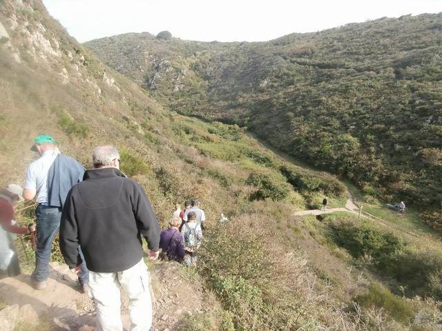 ... avec heureusement de superbes points de vue sur la vallée du Lude.