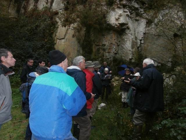 ... toute l'histoire géologique des formations mises en place durant l'ère primaire... et déformées ensuite par l'orogène hercynien