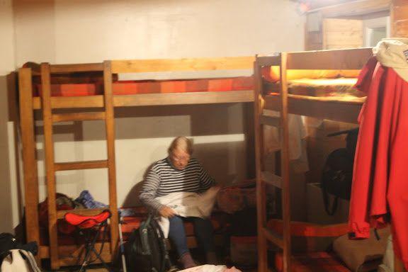 ...logement en dortoir...