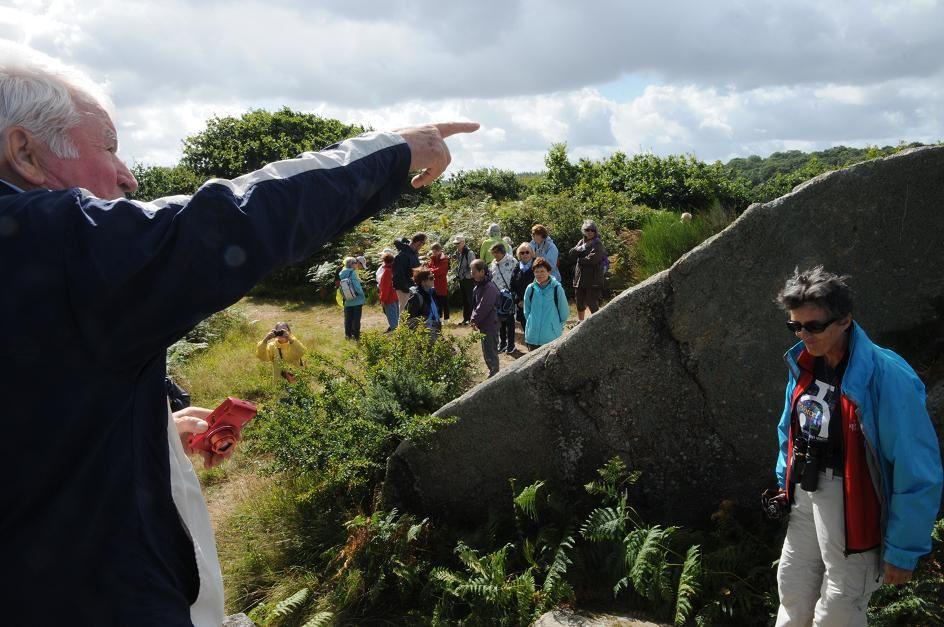 Je donne quelques explications également sur la disposition des différents blocs de granite...