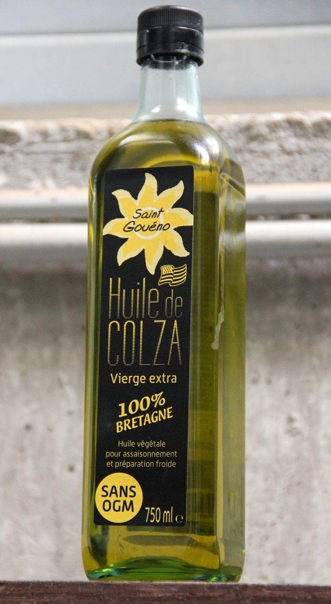 Quant à l'huile, une partie est mise en bouteille...