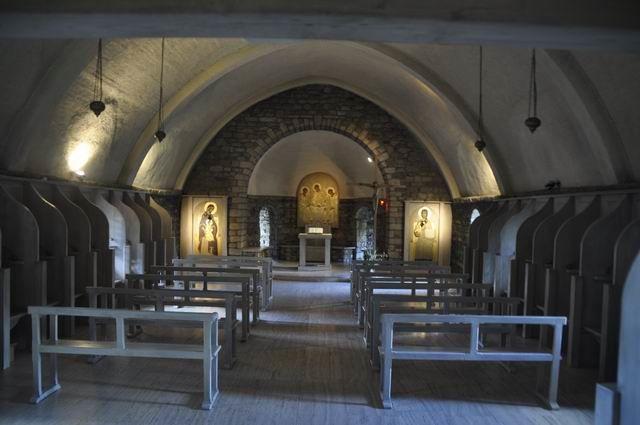 """Ici c'est la chapelle où se rassemblaient les """"Soeurs de Bethléem""""... lorsqu'elles occupaient les lieux avant 2011."""