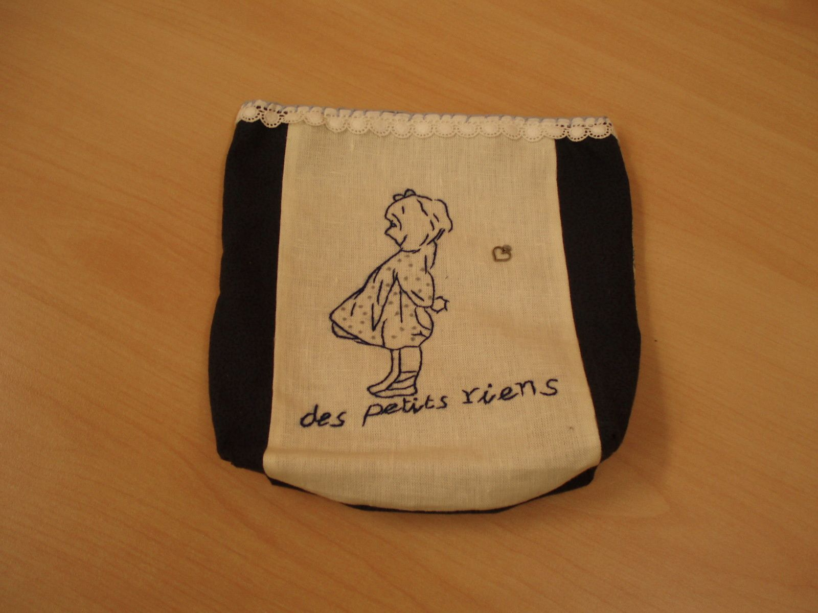 Production de la &quot&#x3B;Pochette Surprise&quot&#x3B;