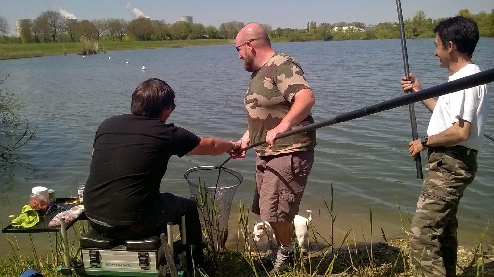 Elya à la Pêche !