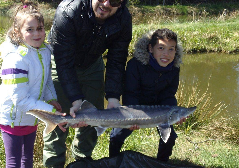 Pêche d'Esturgeon pour Alycia et Aaron !