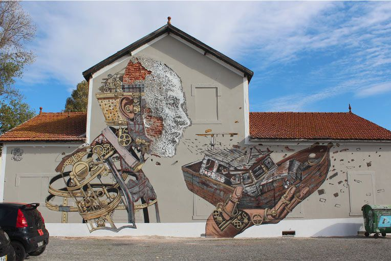 Vhils & Pixelpancho  Collab in Lisbon. November 2013