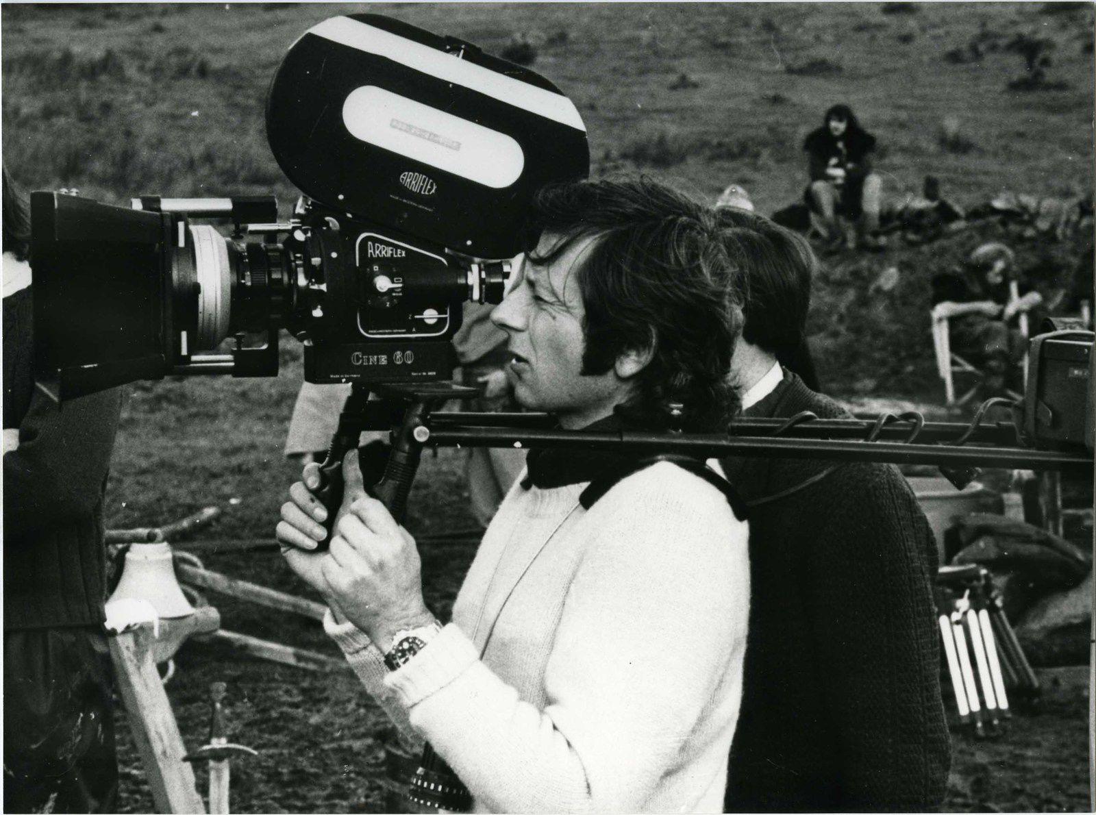 Photo de tournage. Roman Polanski sur le tournage de Tess (1979) - 1979 PATHE PRODUCTION - TIMOTHY BURRILL PRODUCTIONS LIMITED