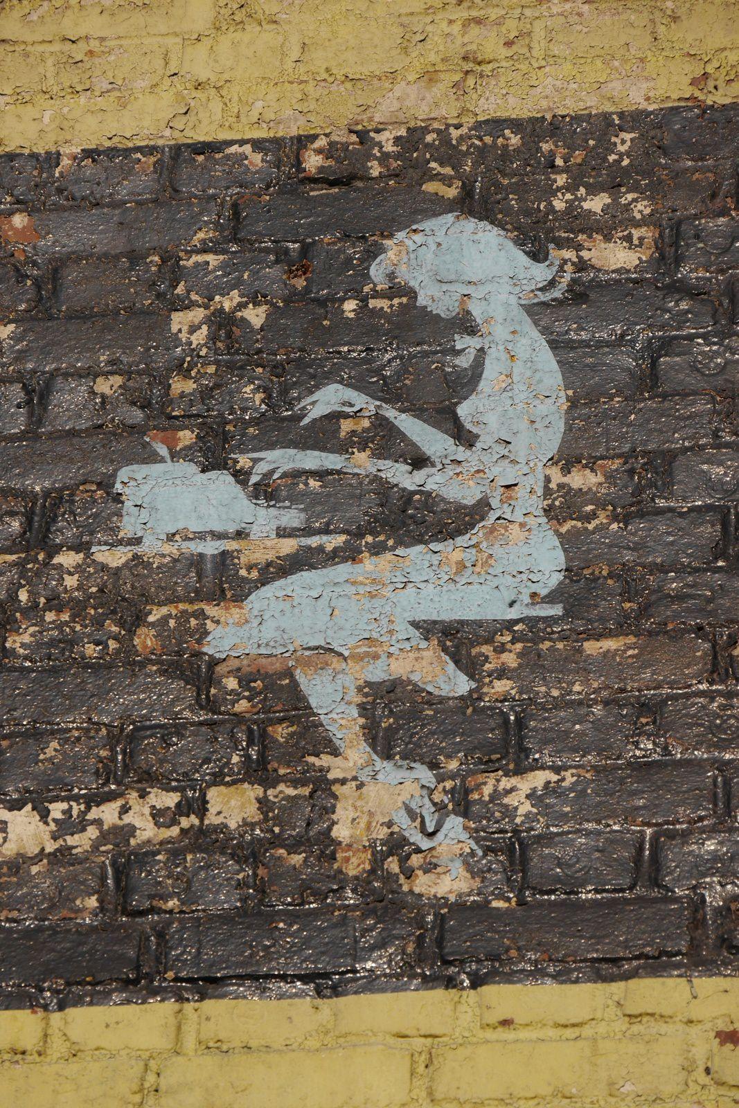 Fresque publicitaire Kores à Bois-Colombes, avenue d'Argenteuil ©Chry Février 2015 -
