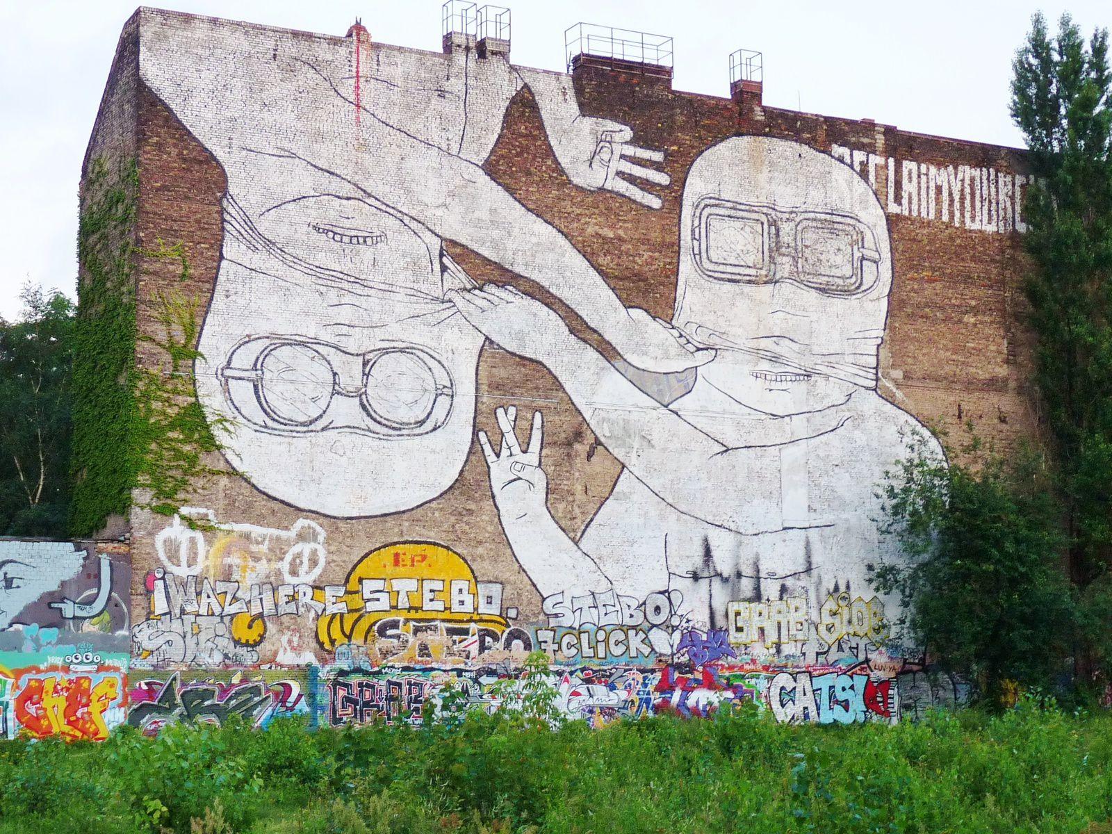 Fresques de Blu à Berlin - juillet 2012- photos by Chry