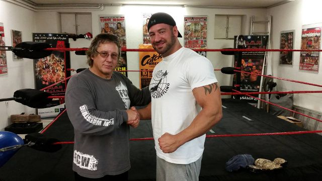 "Dojo Gründer Chris ""The Bambikiller"" Raaber mit dem ehemaligen Headcoach der WWE Dr. Tom Prichard"