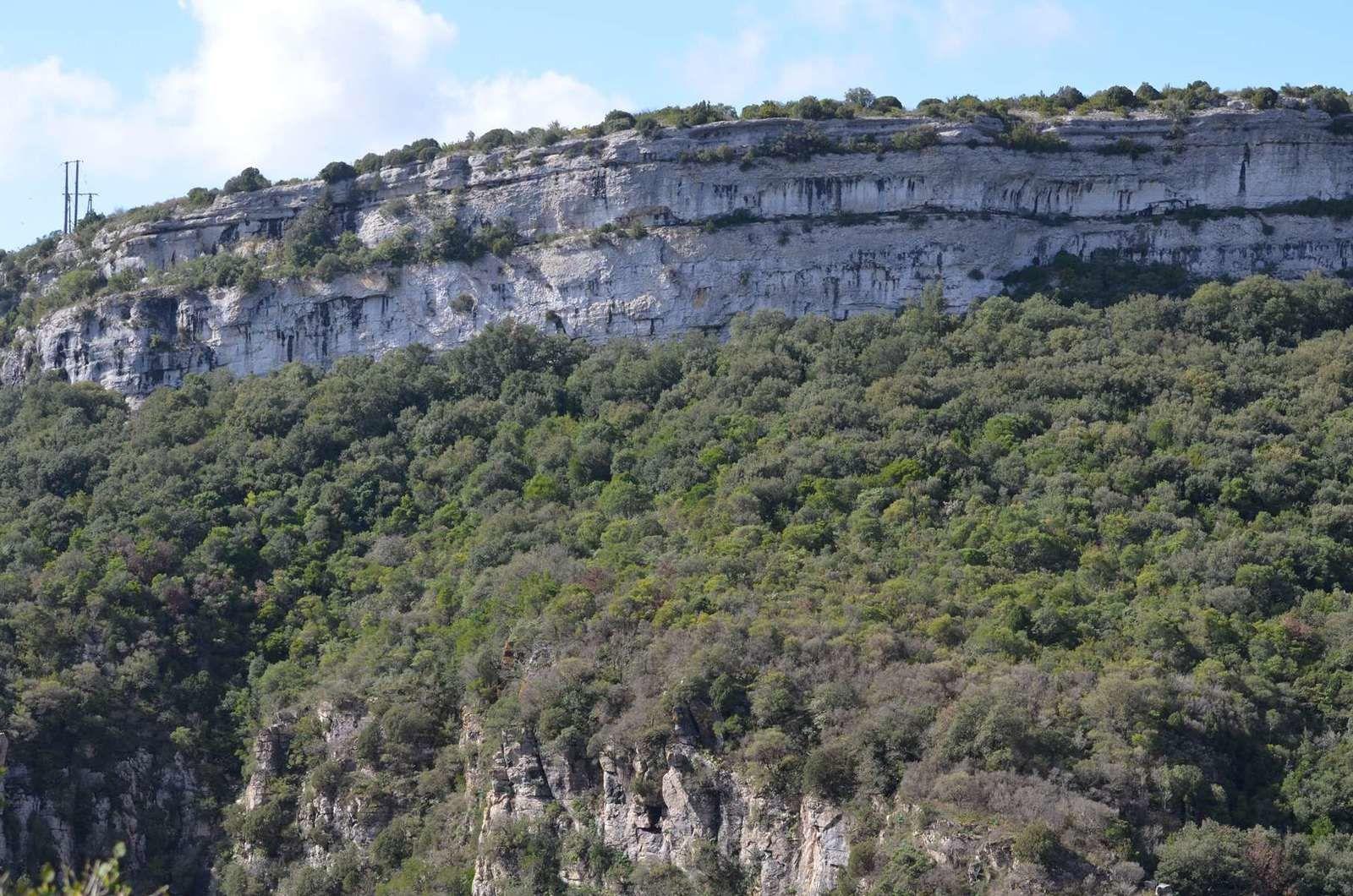 les grands dolmens de Minerve