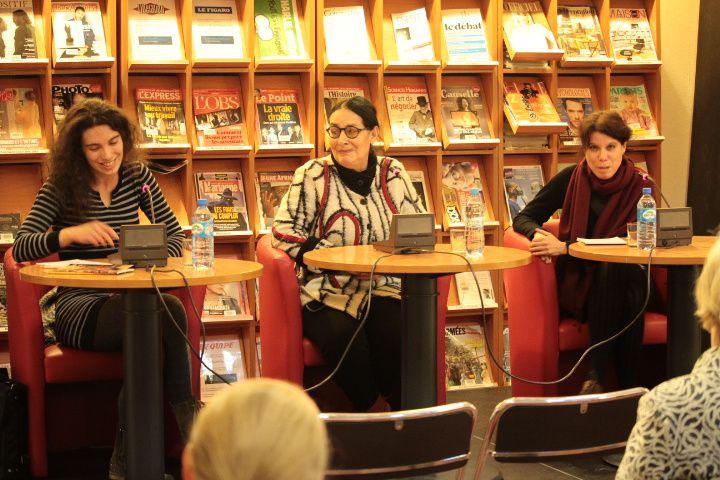 De gauche à droite Iris Munos (directrice artistique du Centre international de théâtre francophone en Pologne), Suzanne Lebeau (autrice), Aurore Chaffin (fondatrice et directrice de théâtre dédié aux écritures contemporaines en Avignon)