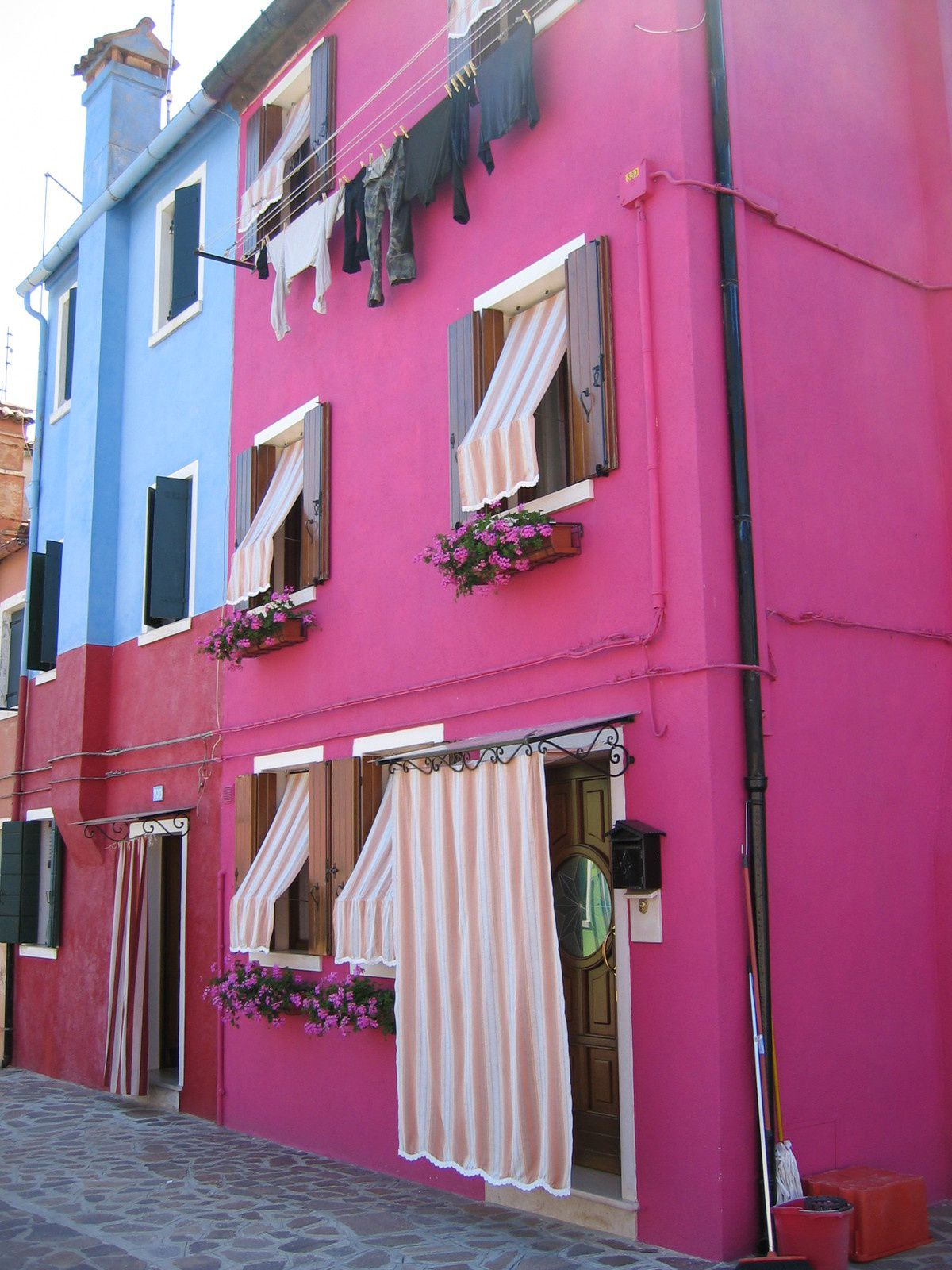 Burano-juin 2005 Photos by Chry