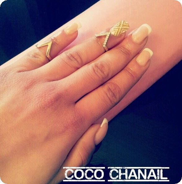 75 pose gel chablon french blanche gel dor paillet et deco nail art azt que coco chanail - Deco french manucure ...