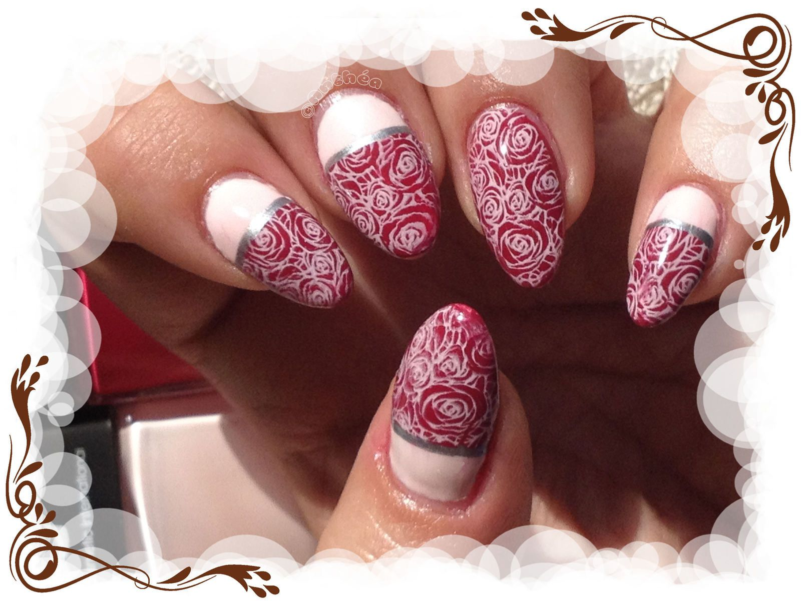 Stamping roses classico-impérial