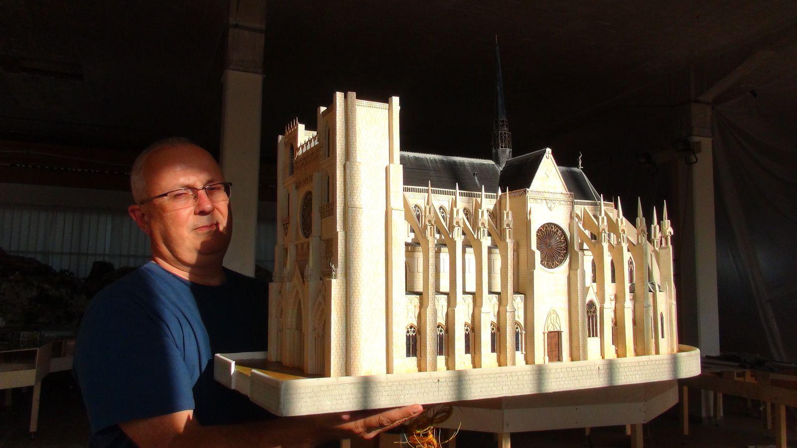 Vidéo de la construction - Semaine du 1 au 5 Septembre 2014 - Partie 1