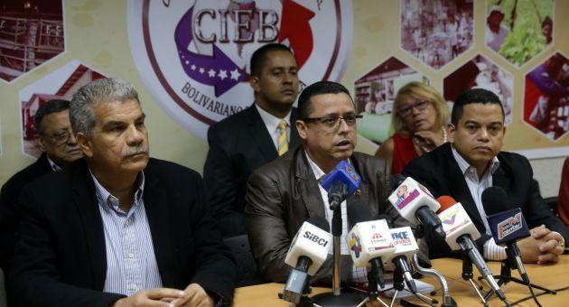 Venezuela: Les chefs d'entreprises bolivariens estiment que la fermeture de la frontière contribuera à la lutte contre la guerre économique