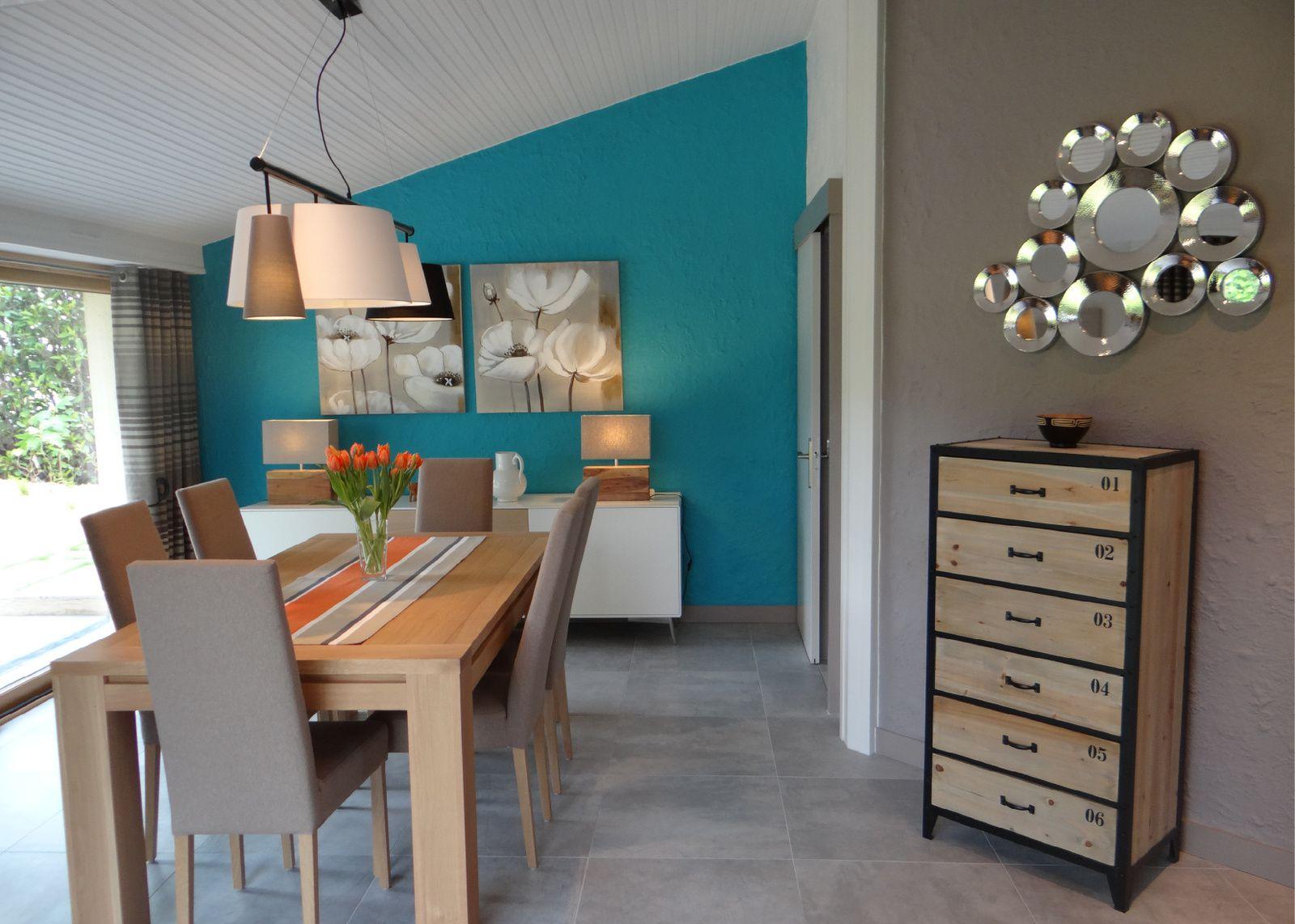 Fabriquer meuble salle de bain avec meuble cuisine for Cuisine blanche mur bleu canard