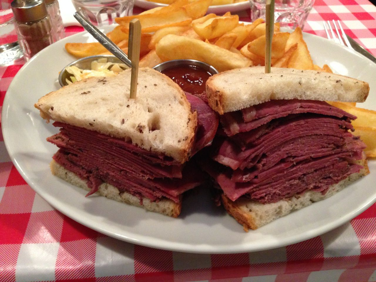 The sandwich au Pastrami