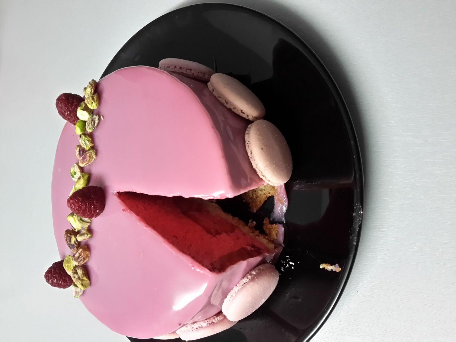 Entremet framboise et fraise