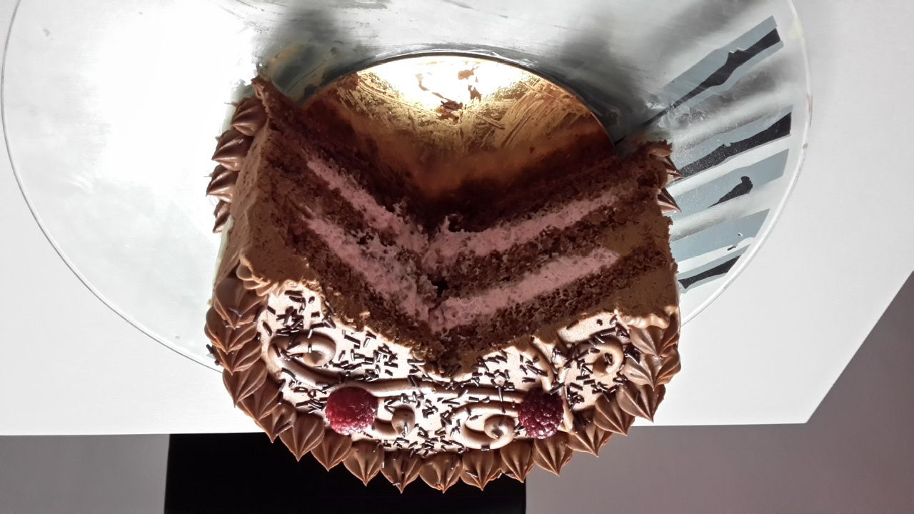Cake Design Recette Gateau Chocolat : Layer cake chocolat et framboise. - Aucentredesdelices