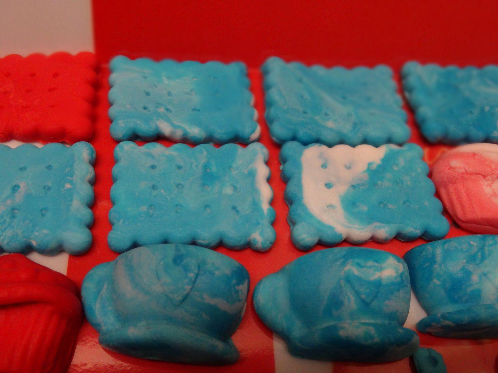 Petit Beurre marbré turquoise et tasse turquoise