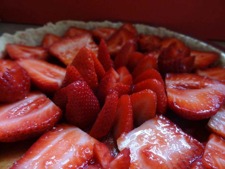 Tarte brisée aux fraises et crème d'amande