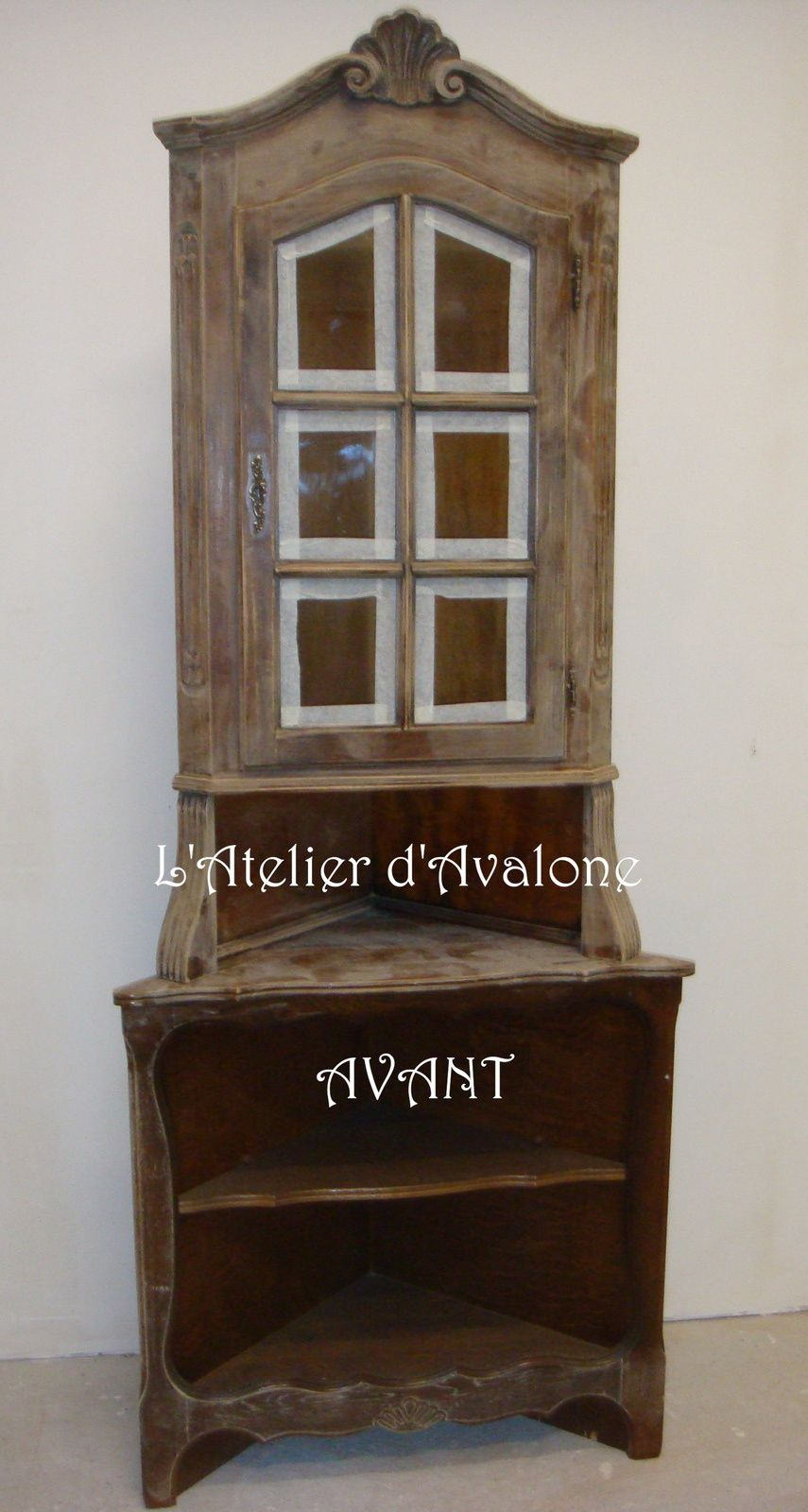 Relooking d 39 un meuble d 39 angle dans un style cottage for Differents styles de meubles
