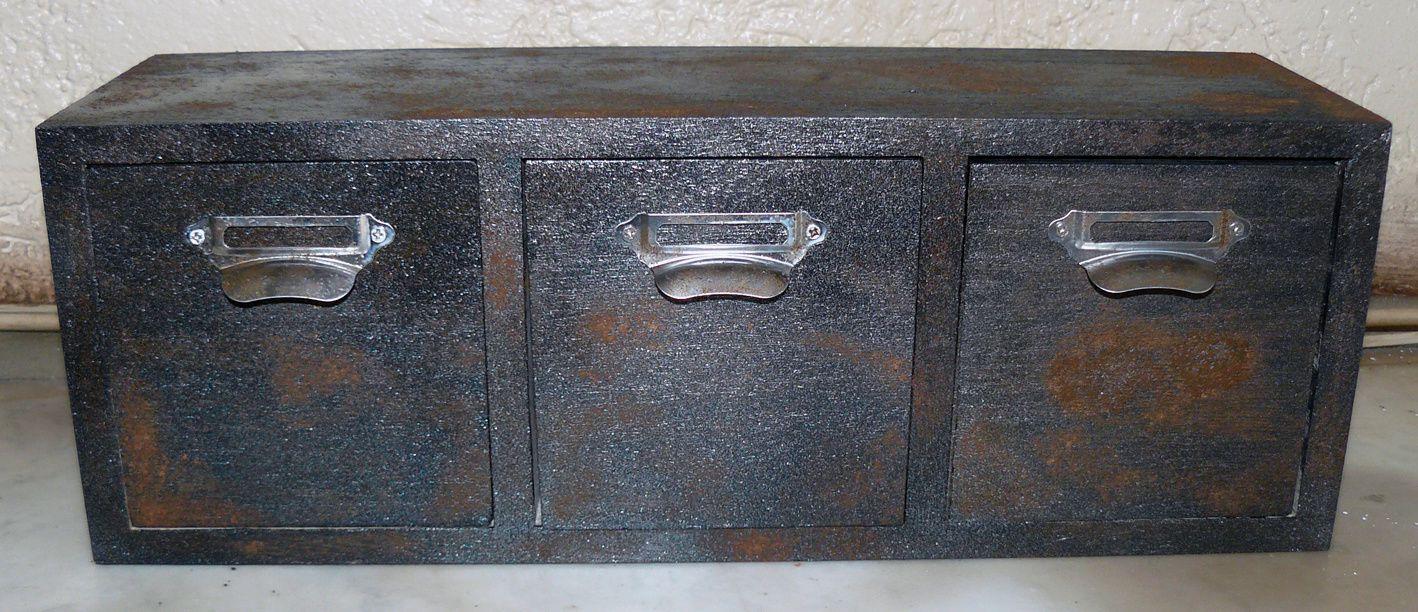 Peindre du metal rouille - Petit meuble a peindre ...