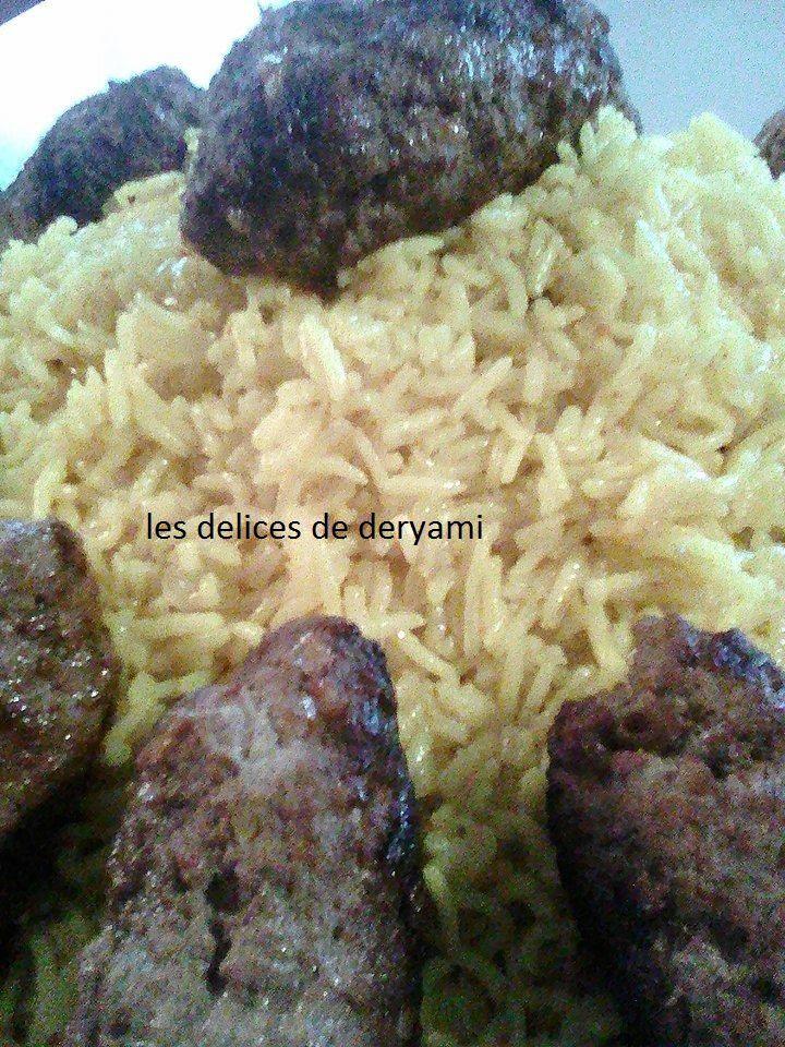Boulettes d'agneau et riz pilaf