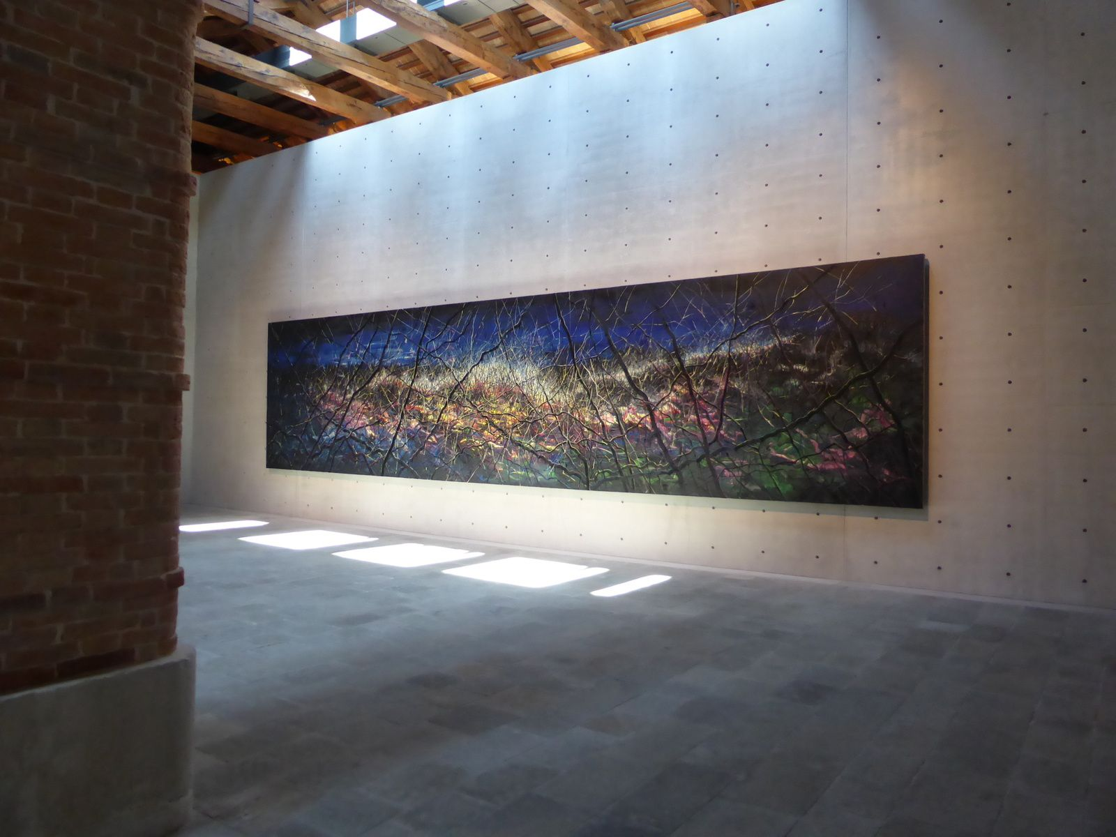 Zeng Fanzhi, This Land so Rich in Beauty no.2, 2010, huile sur toile 1050 x 250 cm © photo Gilles Kraemer, journée presse, Punta della Dogana, mardi 28 mai 2013.