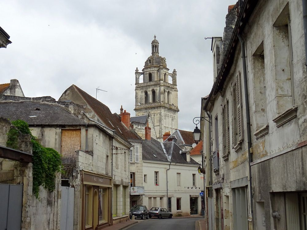 loches villages et villes de france. Black Bedroom Furniture Sets. Home Design Ideas