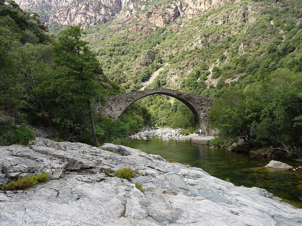 Pont Pianella sur la commune de Ota