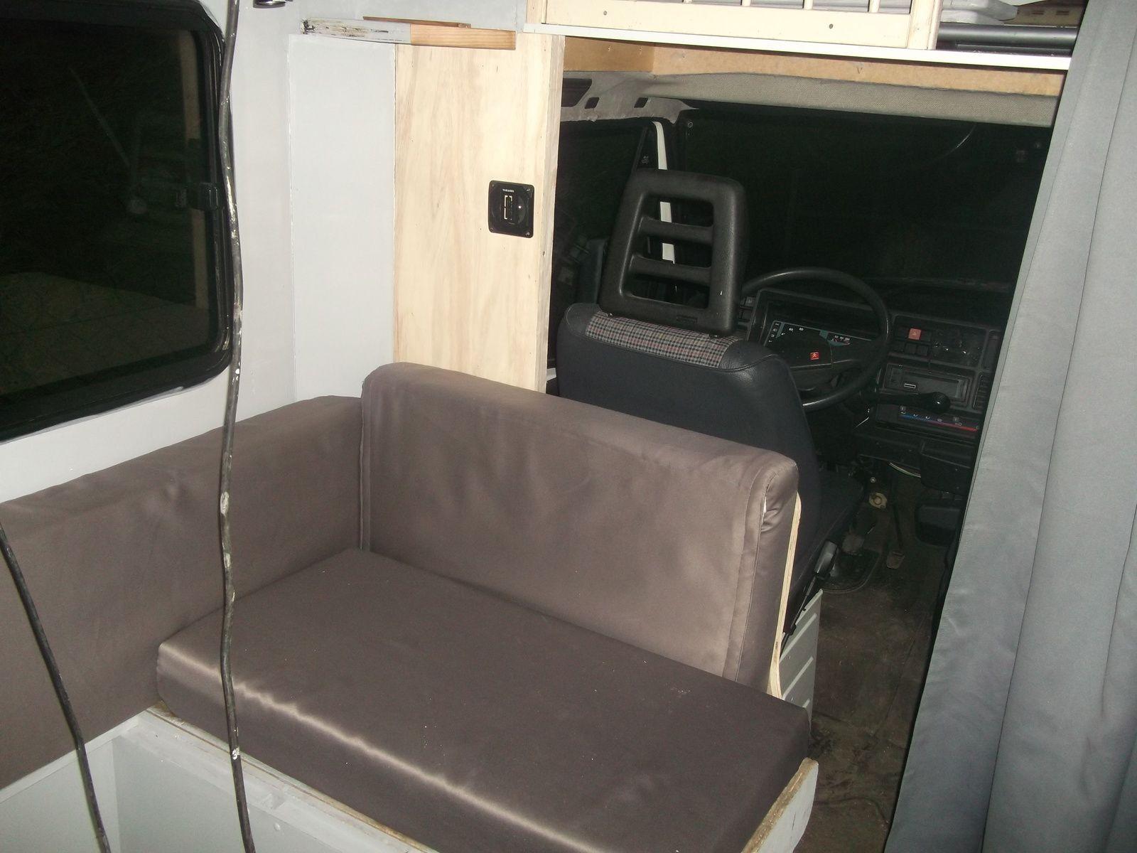 mon camping car c25 rapido apres achat renovation du. Black Bedroom Furniture Sets. Home Design Ideas