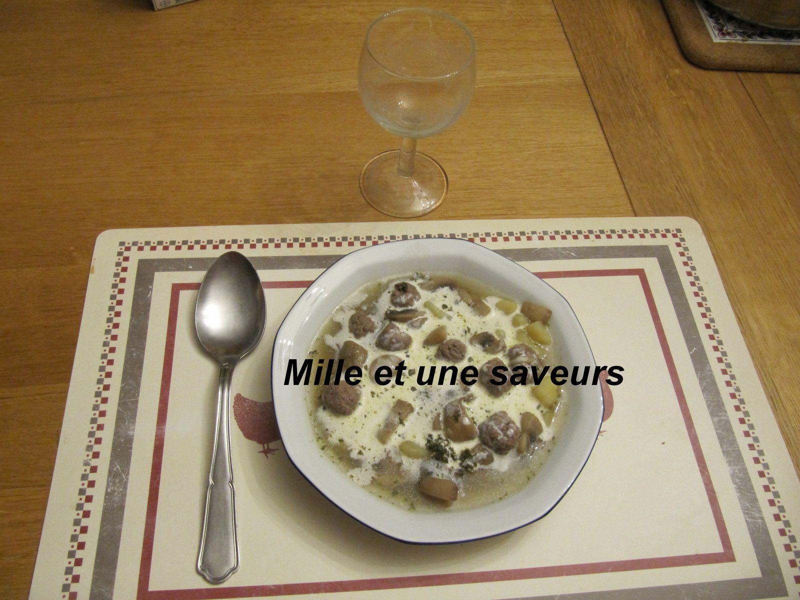 soupe polonaise aux champignons frais
