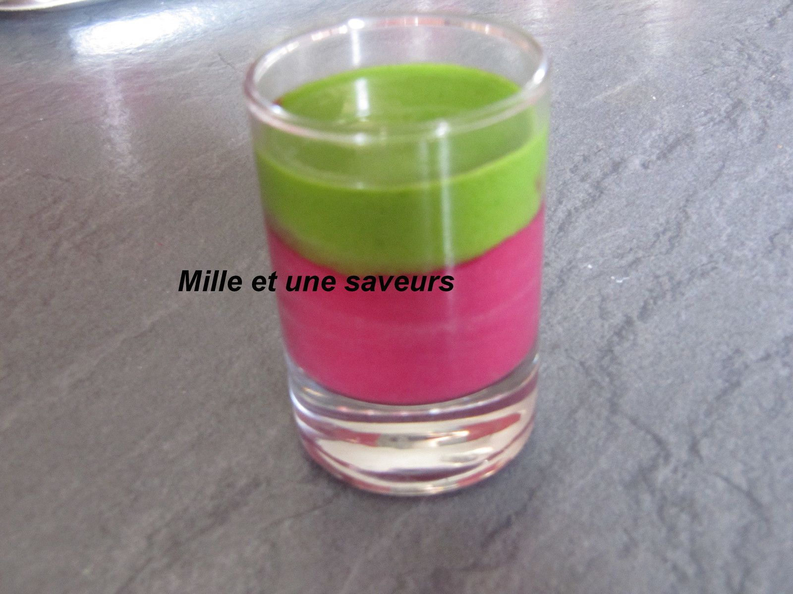 Mousse de betteraves au thon et son émulsion de persil