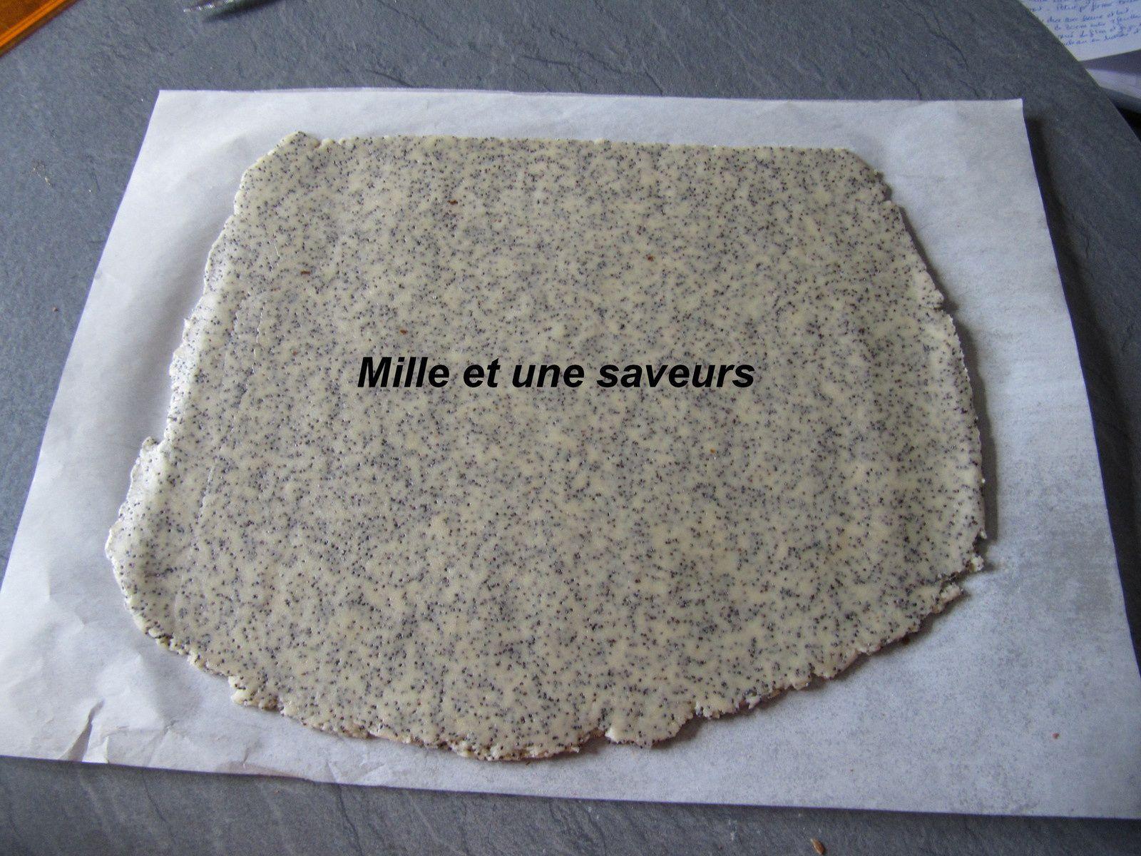 Biscuit spirale aux graines de pavot et chocolat noir