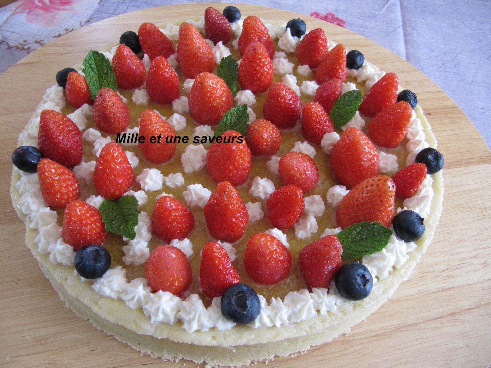 Tarte fraises - rhubarbe et sa crème d'amandes