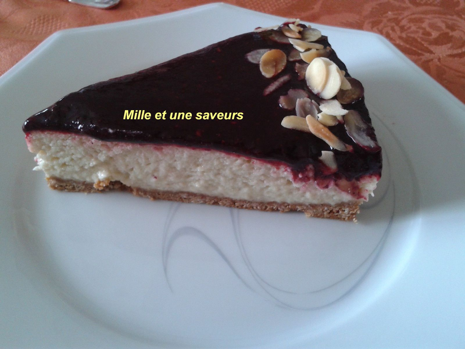 Bavarois rhubarbe et son miroir de fruits rouges