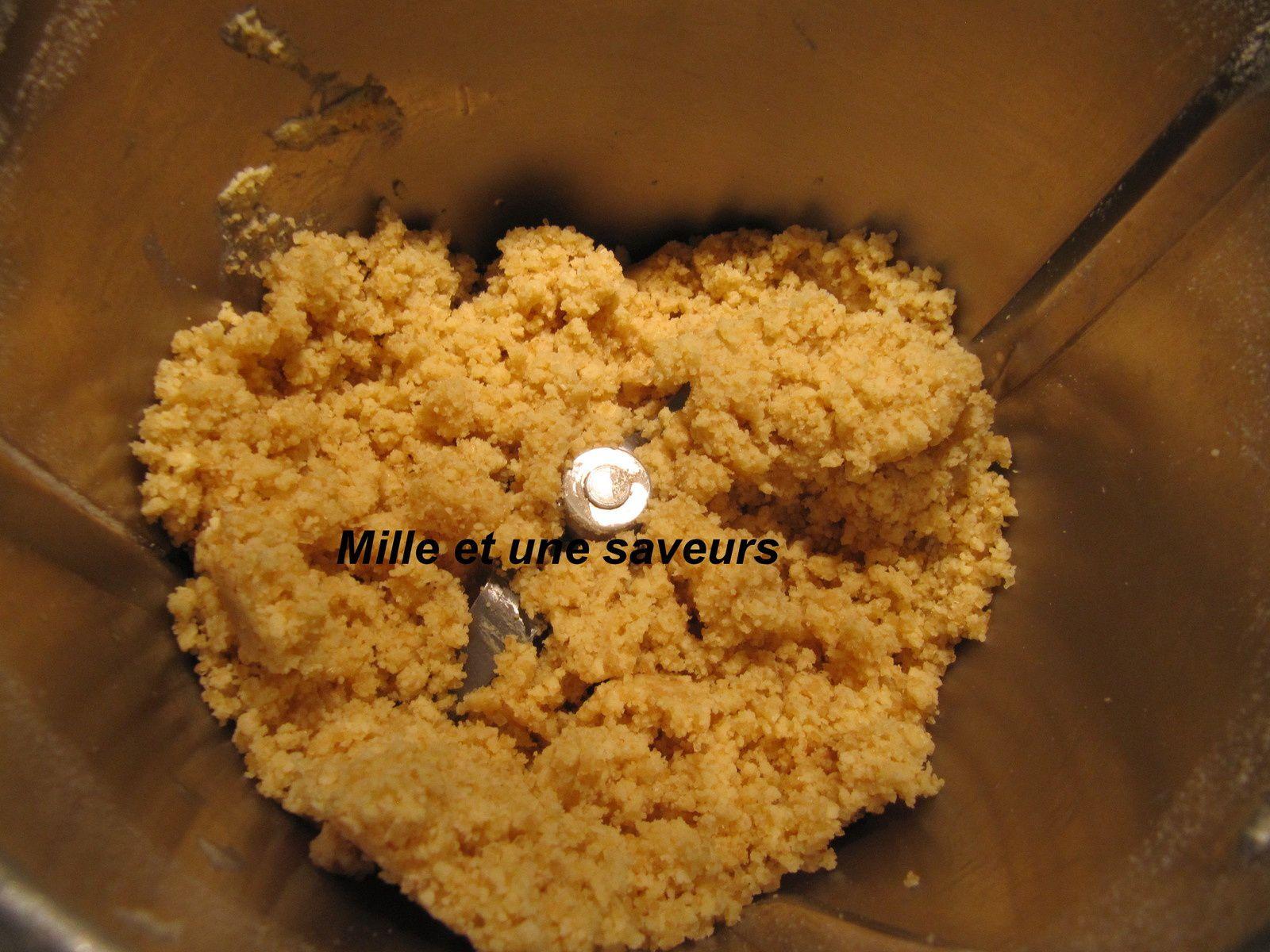 Bûche pâte à choux, noix de coco et framboises