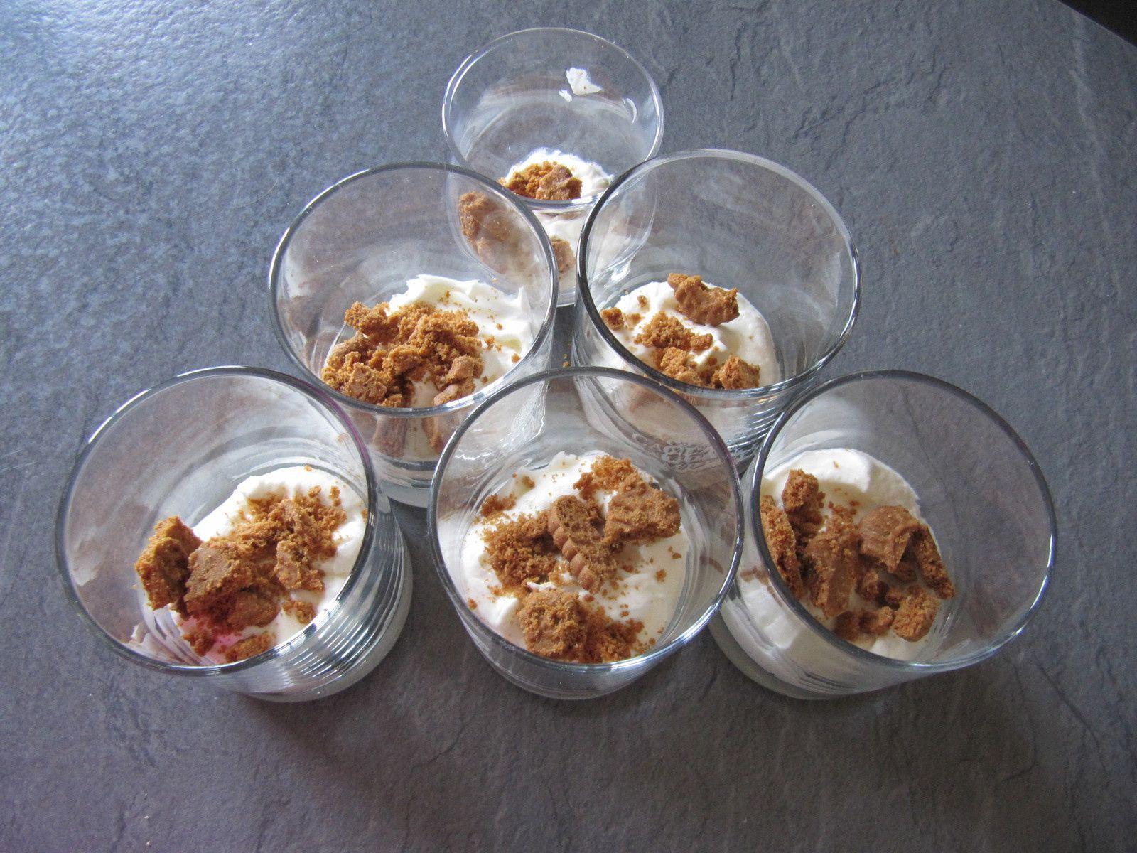 Trifle à la rhubarbe